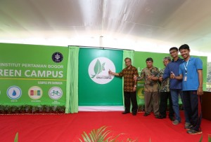 Launching Green Movement IPB (2)